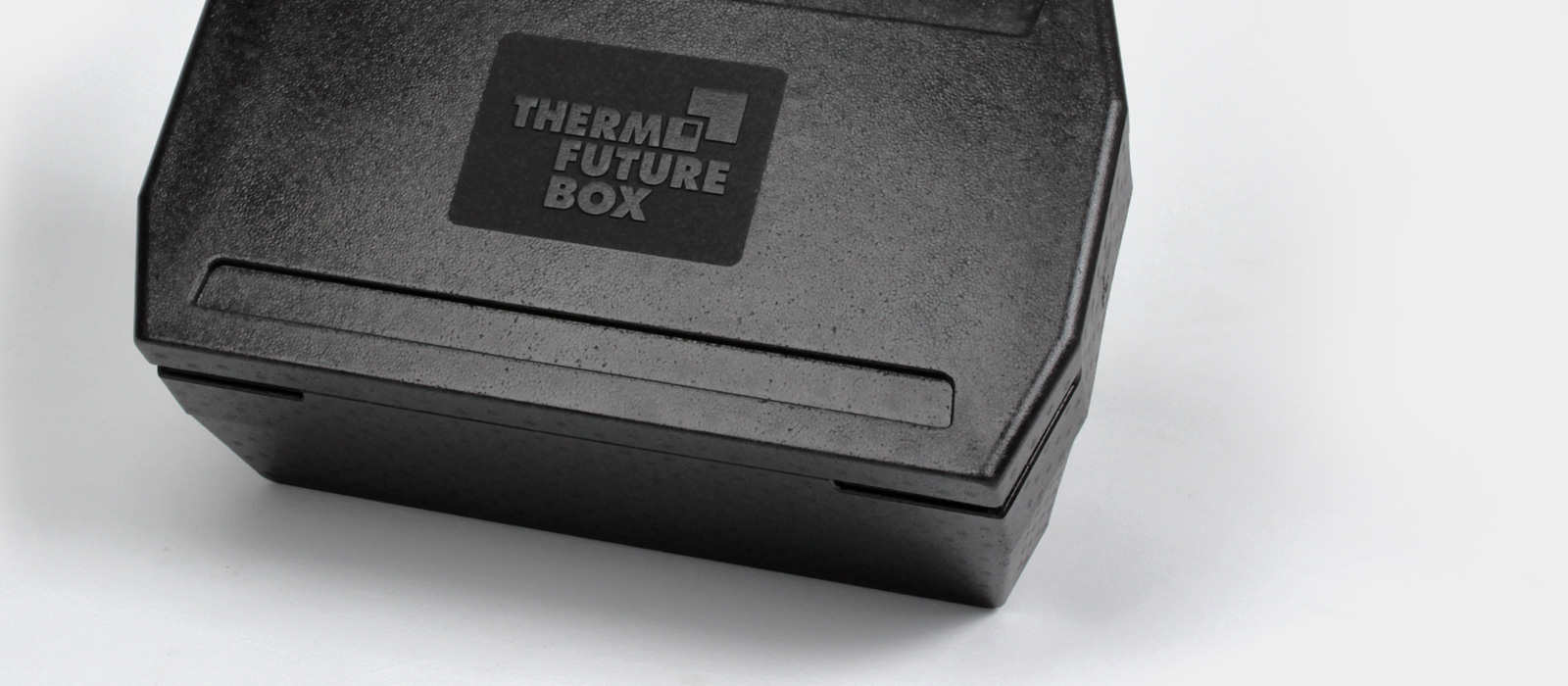 njustudio_Thermofuturebox_GNwhite2